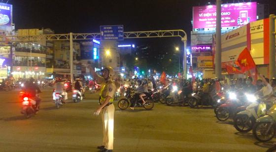 Xử lý nhiều trường hợp vi phạm giao thông tại TPHCM sau trận đấu lịch sử của U23 Việt Nam ảnh 1