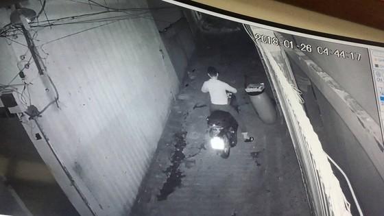 Trộm đột nhập phòng trọ lấy sạch tài sản của nữ sinh viên ảnh 3