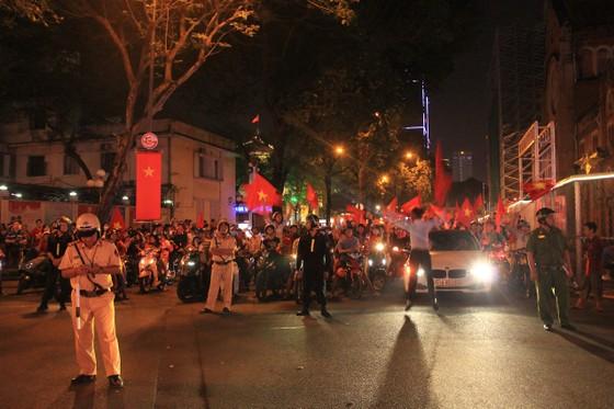Xử lý nhiều trường hợp vi phạm giao thông tại TPHCM sau chung kết của U23 Việt Nam ảnh 3