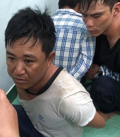 Bắt băng nhóm chuyên cướp giật móc túi tại chợ hoa ở quảng trường ngày 29 Tết ảnh 1