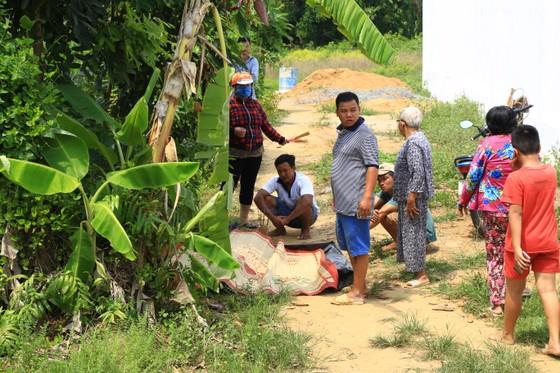 Đã tìm thấy thi thể 2 trong số 3 nạn nhân vụ chìm sà lan trên sông Đồng Nai ảnh 1