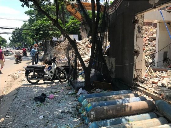 Sập nhà 2 tầng ở quận 6, ba người thương vong ảnh 1