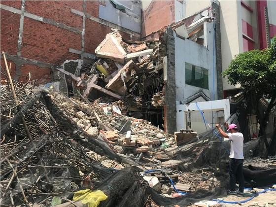 Sập nhà 2 tầng ở quận 6, ba người thương vong ảnh 3