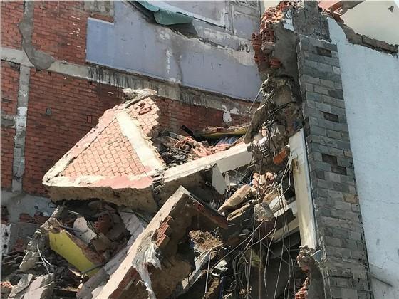 Sập nhà 2 tầng ở quận 6, ba người thương vong ảnh 6