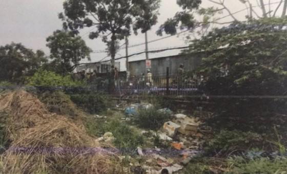 Điều tra vụ bé trai sơ sinh tử vong bất thường ở bãi đất trống ảnh 2