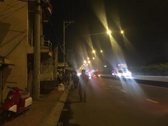 Một người tử vong sau tiếng nổ lớn trên đường phố TPHCM ảnh 2