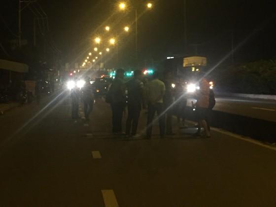 Một người tử vong sau tiếng nổ lớn trên đường phố TPHCM ảnh 9