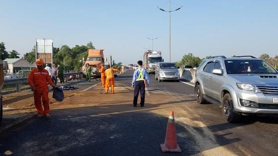 Va chạm liên hoàn trên cao tốc TPHCM - Trung Lương, 1 người tử vong ảnh 9