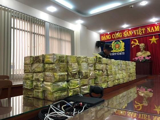 Số ma túy bắt giữ ở TPHCM và Hà Tĩnh cùng 1 đường dây ảnh 7