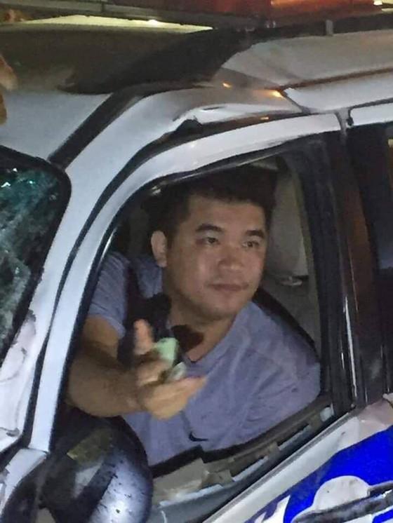 Vụ xe CSGT gây tai nạn khiến 1 người tử vong: Tạm đình chỉ công tác 1 thiếu úy ảnh 1