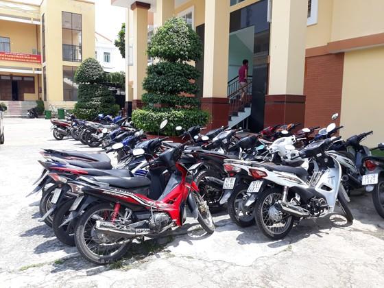 Bắt nhóm đối tượng trộm 9 xe máy ở dãy trọ sinh viên ảnh 4