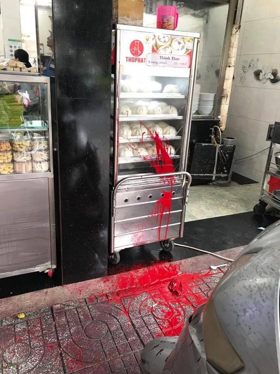 Bắt 5 đối tượng liên quan đến vụ 'khủng bố' bằng mắm tôm, sơn vào quán phở Hòa ảnh 7