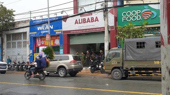 Khám xét công ty liên quan đến Công ty địa ốc Alibaba ảnh 3