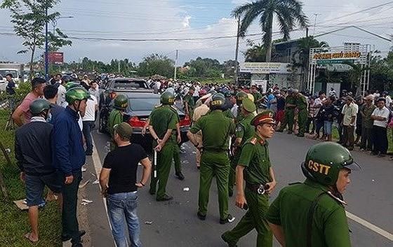Vụ giang hồ vây chặn xe công an ở Đồng Nai: Triệu tập vợ Đại tá Huỳnh Tiến Mạnh ảnh 1