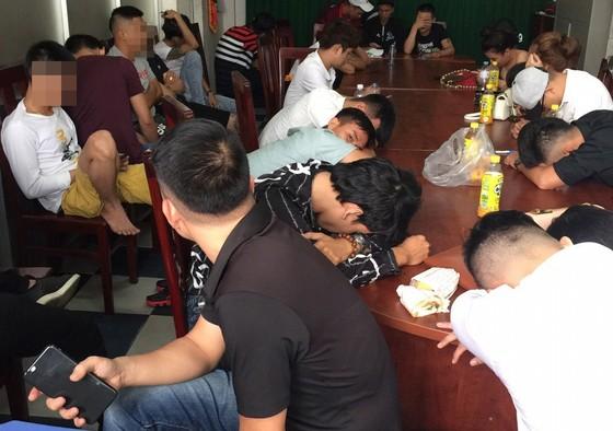 Kiểm tra quán bar Phượng Lâm phát hiện nhiều 'dân chơi' dương tính chất ma tuý ảnh 2
