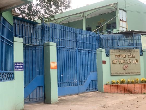 Cán bộ Trung tâm hỗ trợ xã hội TPHCM bị truy tố về tội dâm  ảnh 4