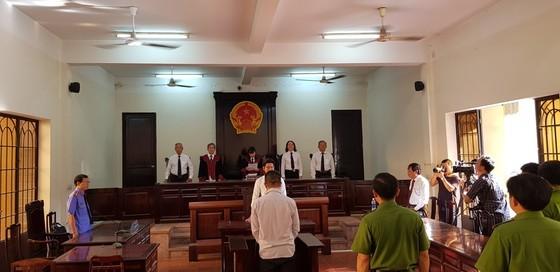 Nguyên trung uý CSGT Đồng Nai dùng súng bắn chết người yêu của con gái tình nhân lãnh 18 năm tù ảnh 1