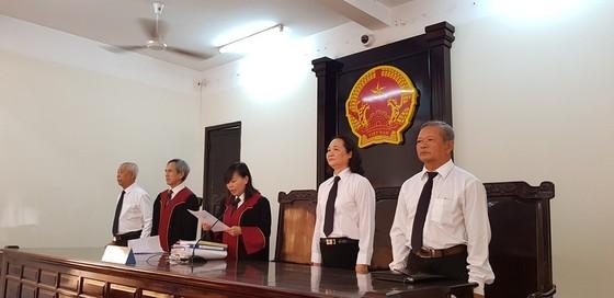 Nguyên trung uý CSGT Đồng Nai dùng súng bắn chết người yêu của con gái tình nhân lãnh 18 năm tù ảnh 3