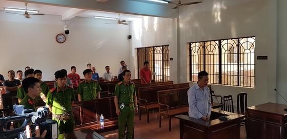 Nguyên trung uý CSGT Đồng Nai dùng súng bắn chết người yêu của con gái tình nhân lãnh 18 năm tù ảnh 2