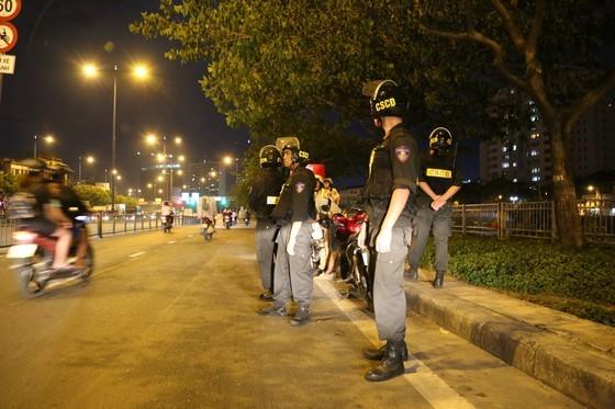 Trong 10 tháng, Tổ công tác 363 trấn áp nhiều loại tội phạm trên đường phố, nơi công cộng ở TPHCM ảnh 6
