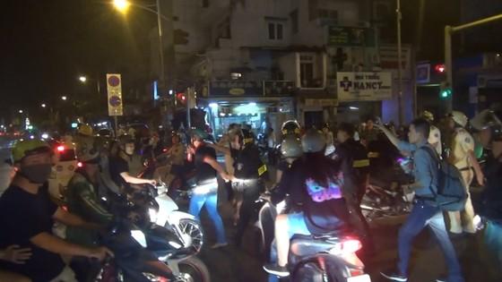 """Xử lý 89 trường hợp """"đi bão"""" mừng U22 Việt Nam chiến thắng ảnh 3"""