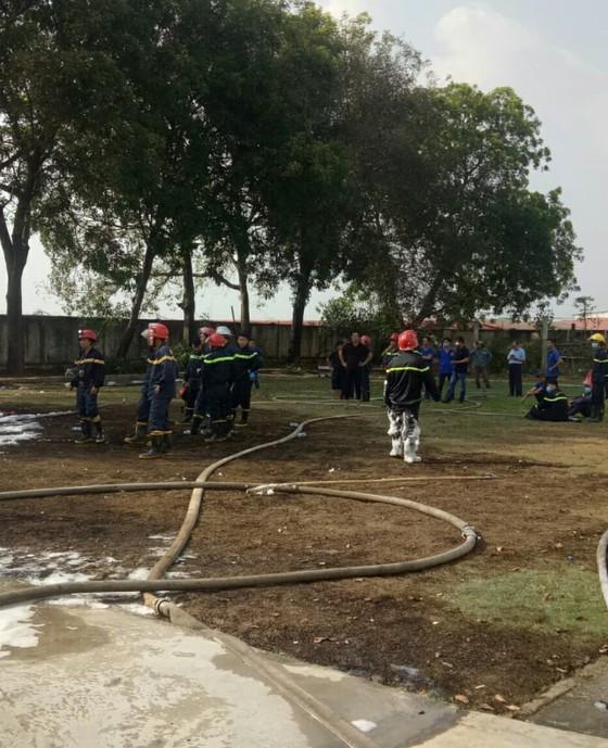 Cháy xe bồn chứa hóa chất trong Công ty TNHH Tiên Yu Enterprise Việt Nam ảnh 2