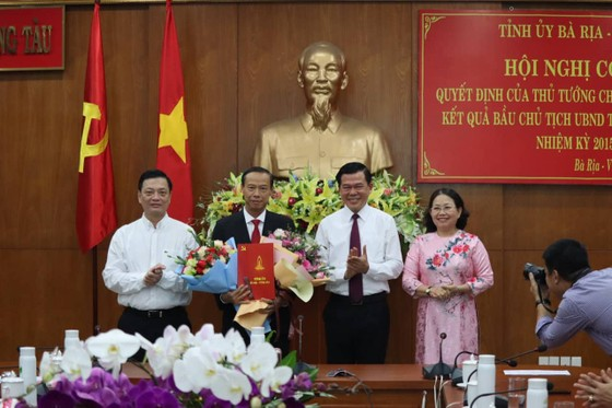 Phê chuẩn chức danh Chủ tịch UBND tỉnh Bà Rịa – Vũng Tàu với ông Nguyễn Văn Thọ ảnh 1