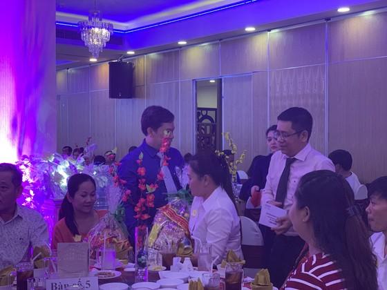 Xuân kết nối yêu thương, Saigontourist Group trao 154 phần quà tết cho người lao động ảnh 4