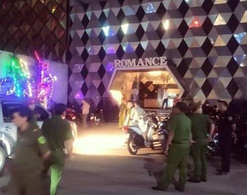 Công an Đồng Nai phá ổ ma túy trong quán bar, karaoke Romance ảnh 1