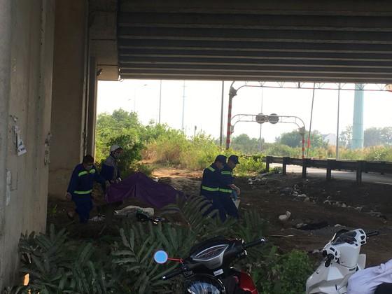 Phát hiện thi thể người phụ nữ loã thể dưới gầm cầu cao tốc TPHCM – Long Thành – Dầu Giây ảnh 2
