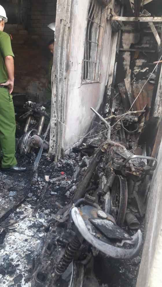 Khởi tố đối tượng đốt nhà khiến 5 mẹ con tử vong ở TPHCM ảnh 1