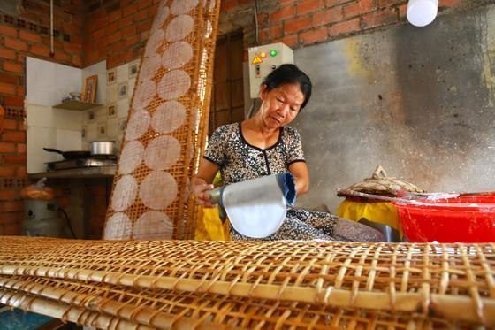 Trăm năm làng nghề bánh tráng An Ngãi ảnh 10