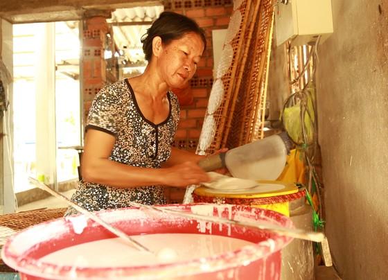 Trăm năm làng nghề bánh tráng An Ngãi ảnh 7
