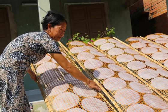 Trăm năm làng nghề bánh tráng An Ngãi ảnh 9