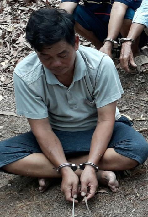Liên tiếp triệt phá sòng bạc, trường gà trong rừng tràm và vườn điều ở tỉnh Đồng Nai ảnh 1
