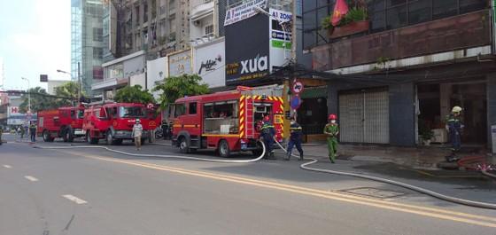 Cháy ở căn nhà trên đường Cách Mạng Tháng 8, quận 3 ảnh 3