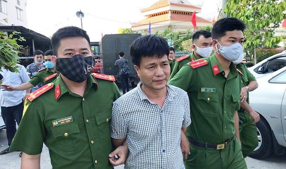 """Khởi tố bắt giam băng nhóm 2 vợ chồng Tuấn – Loan """"cá"""" ảnh 2"""