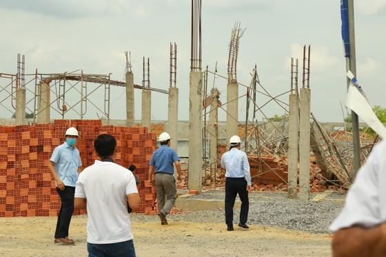 Kiến nghị tỉnh Đồng Nai rà soát các công trình xây dựng tương tự công trình sập tường 10 người chết ảnh 4