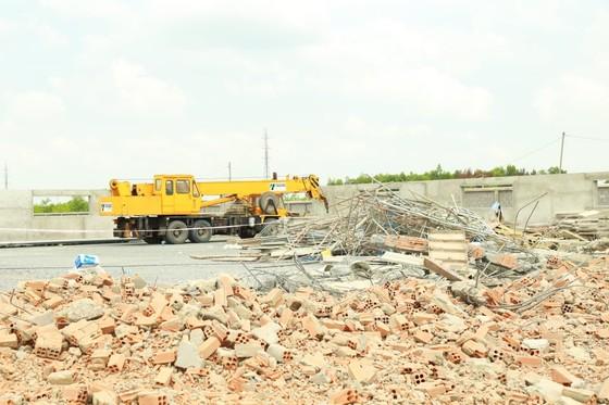 Kết quả điều tra ban đầu vụ sập tường khiến 10 người tử vong ở tỉnh Đồng Nai ảnh 1