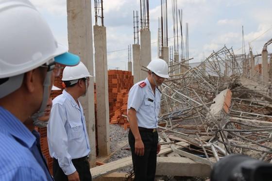 Kiến nghị tỉnh Đồng Nai rà soát các công trình xây dựng tương tự công trình sập tường 10 người chết ảnh 7