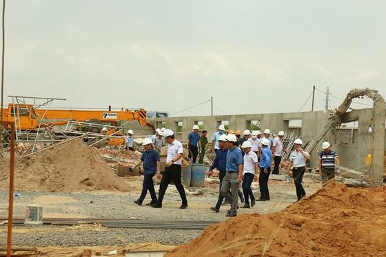 Kiến nghị tỉnh Đồng Nai rà soát các công trình xây dựng tương tự công trình sập tường 10 người chết ảnh 13