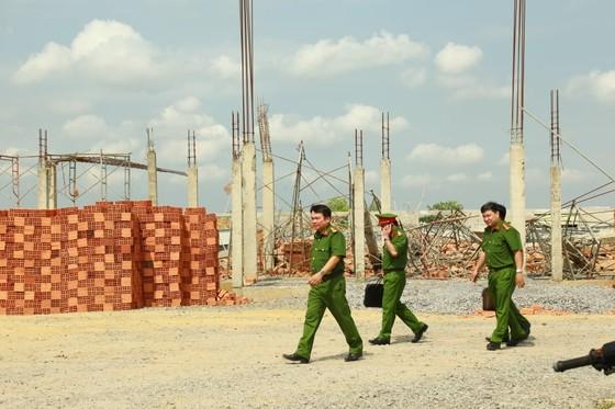 Khởi tố vụ sập tường công trình ở Trảng Bom khiến 10 người tử vong ảnh 2