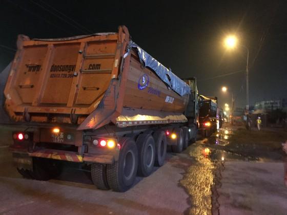 """Vụ """"xe vua"""" ở tỉnh Đồng Nai: Thu hơn 700 tấn than và phương tiện vận chuyển ảnh 1"""