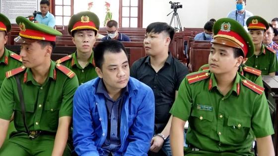 Giám đốc gọi điện giang hồ vây chặn xe công an ở Đồng Nai lãnh thêm 3 năm tù về tội trốn thuế ảnh 3