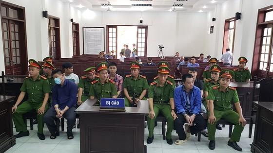 Giám đốc gọi điện giang hồ vây chặn xe công an ở Đồng Nai lãnh thêm 3 năm tù về tội trốn thuế ảnh 2