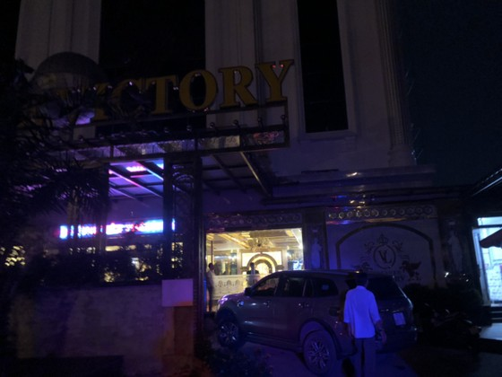 Kiểm tra 2 quán karaoke ở quận Bình Tân phát hiện 87 người dương tính với chất ma tuý ảnh 1