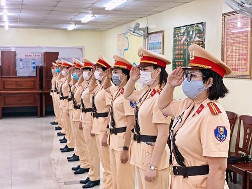 Chuẩn bị ra mắt đội hình nữ CSGT dẫn đoàn Công an TPHCM  ảnh 1