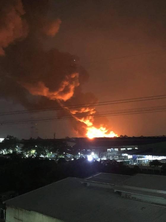 Cháy kho chứa hàng Công ty Sunhouse ở Khu công nghiệp Tân Tạo ảnh 1