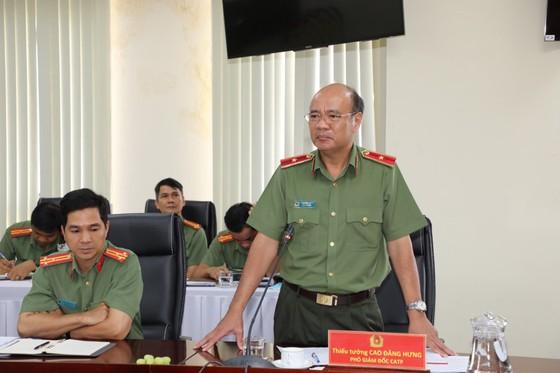 Thứ trưởng Bộ Công an Lê Tấn Tới làm việc với Công an TPHCM ảnh 2
