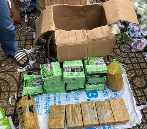 Phá đường dây ma túy từ Campuchia về TPHCM thu gần 47 kg ma túy cùng 20 ngàn viên thuốc lắc ảnh 1